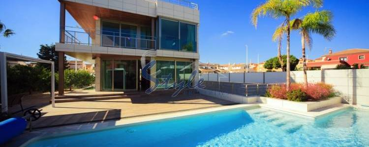 Resale property for sale in La Zenia, Orihuela Costa, Costa Blanca