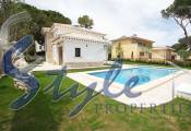 Luxury villa with private pool for sale in Dehesa de Campoamor, Costa Blanca, Spain 286-3
